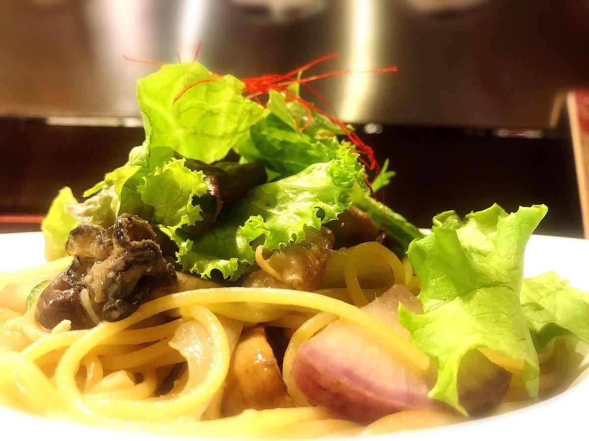吉祥寺スパイラルの牡蠣のペペロンチーノ
