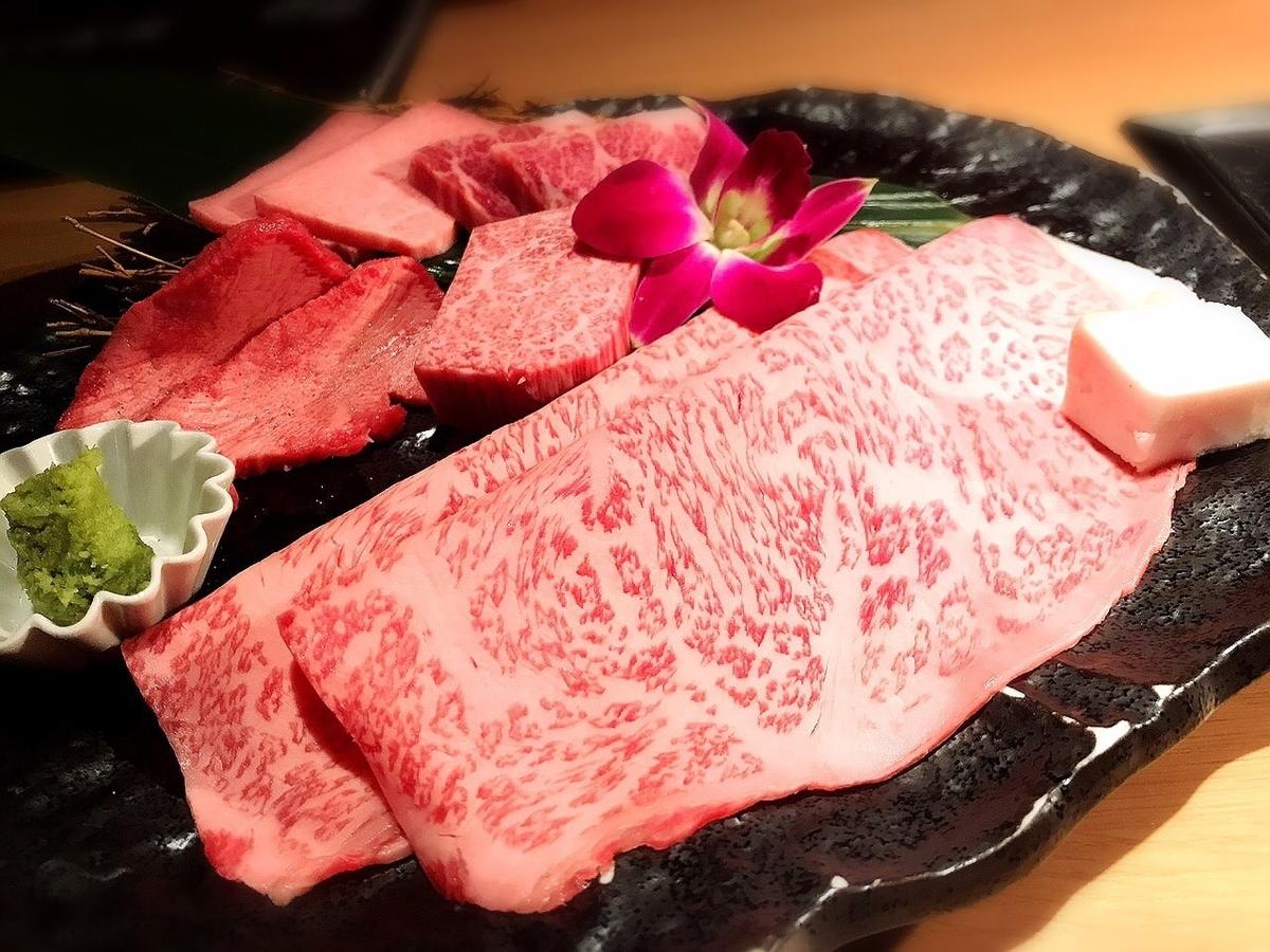 牛の蔵吉祥寺店の霜降り肉1