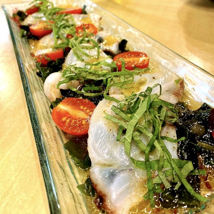 """「洋食屋 POND」でいただいた「北海道産水タコのカルパッチョ」""""850円(税別)"""