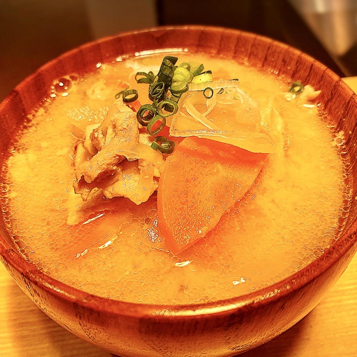 「権八 NORI-TEMAKI 原宿」は手巻き寿司好きにはもってこいのお寿司屋でした!
