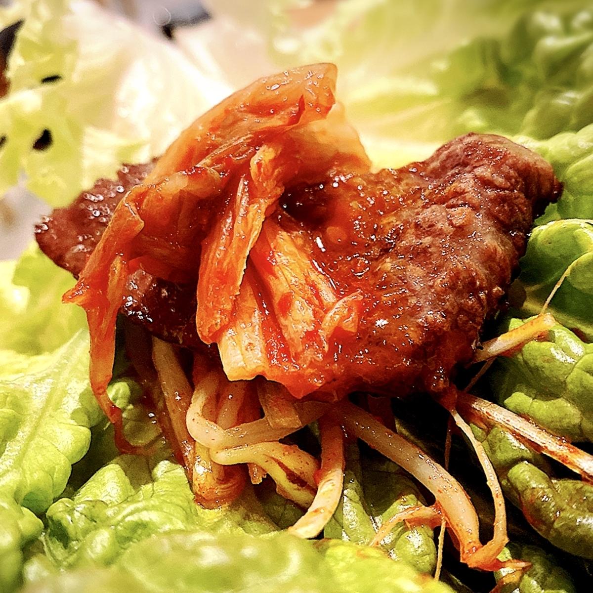 """「韓国伝統焼肉 カンホドン白丁」でいただいた「カンホドンサムギョプサル」""""1380円(税別)2"""