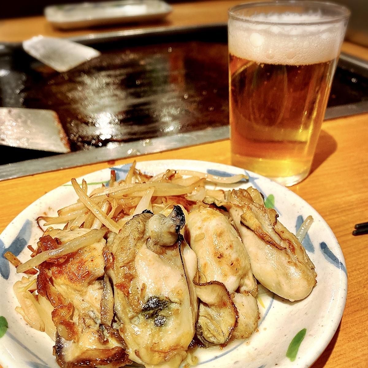 """「月島もんじゃ しなのや」でいただいた「牡蠣バター(期間限定)」""""1000円(税別)2"""
