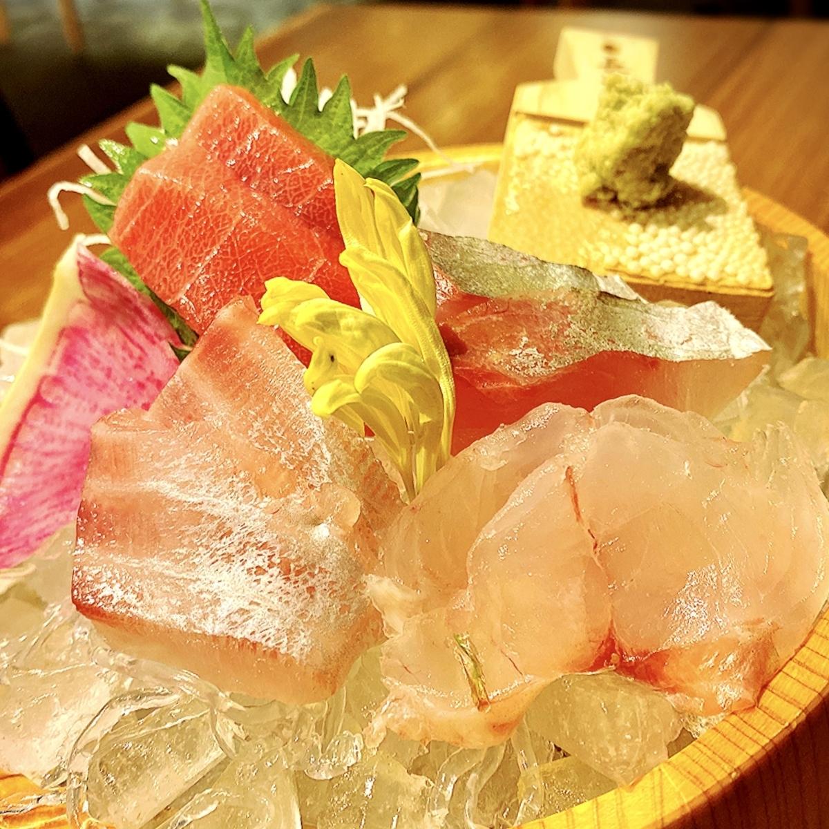 「横浜 酒槽(さかふね)」は海鮮系が抜群に美味いおすすめできる和食居酒屋だった
