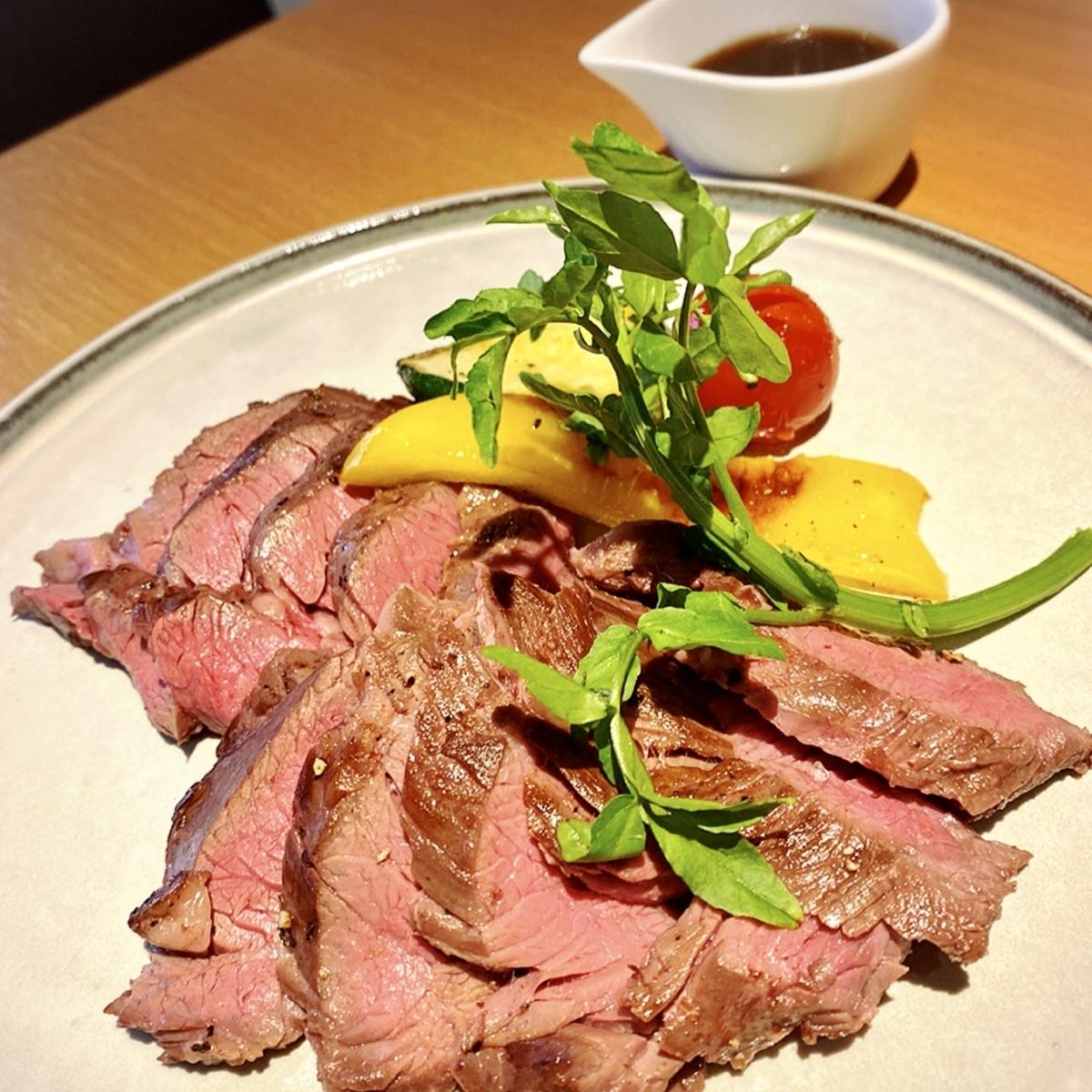 美味しい馬肉料理と日本酒が堪能できるお店「HARETOKE(ハレトケ)」