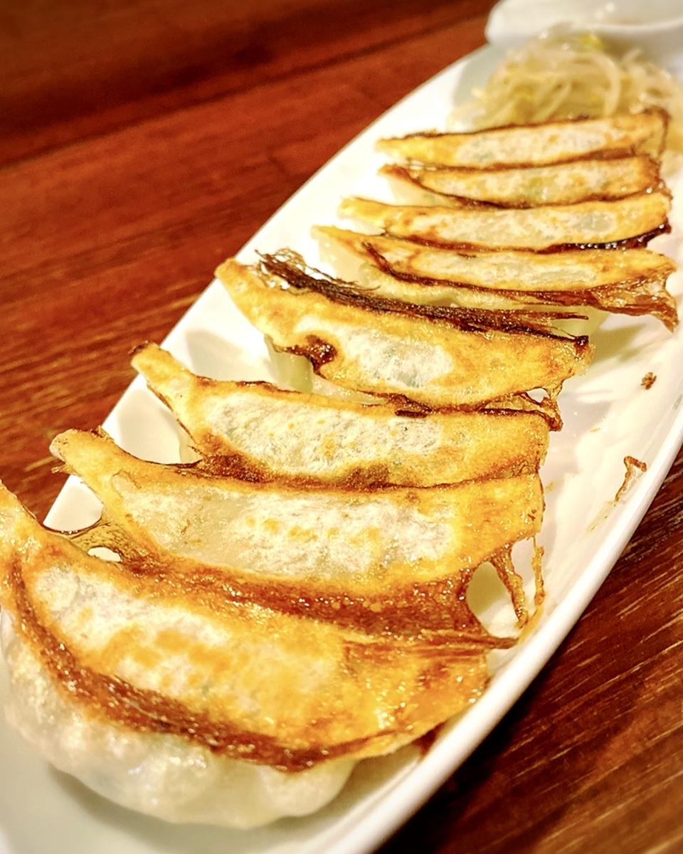 【吉祥寺】カリッと美味しい餃子が堪能できる居酒屋!餃子以外にもつ鍋もあるよ♪