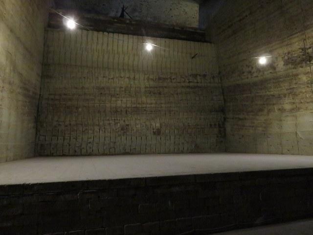 大谷資料館内部にある舞台