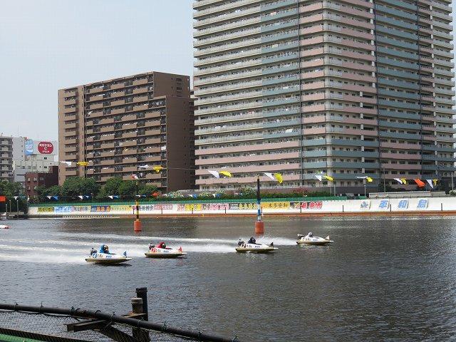 平和島競艇場の水面