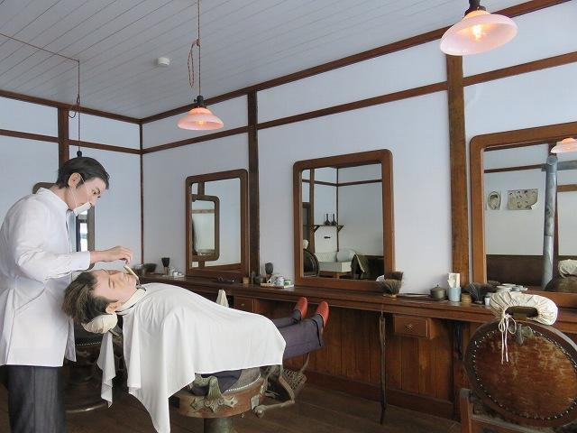 北海道開拓の村の旧山本理髪店