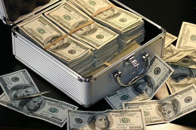 多額のお金のイメージ