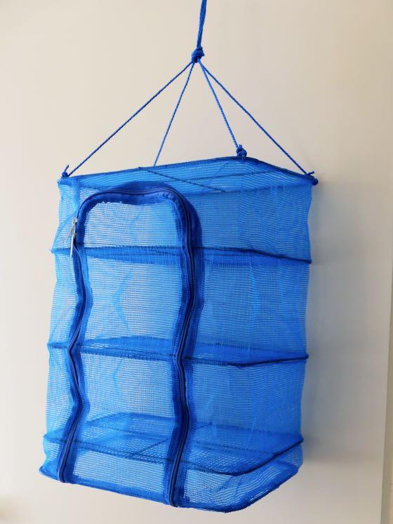 パール金属のひもの干し網3段・30㎝×20㎝、高さ40㎝