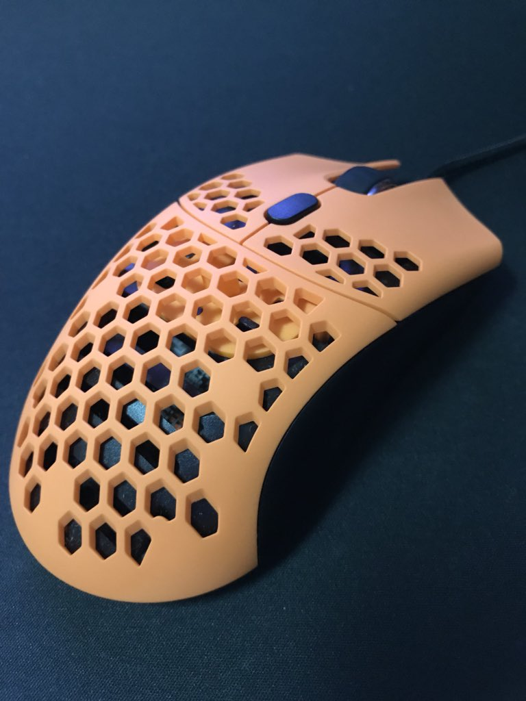 Finalmouse】競技者による「Finalmouse Ultralight Sunset」のレビュー