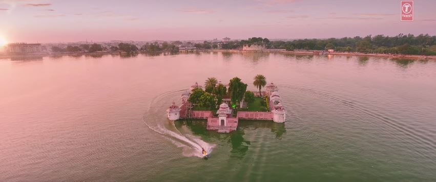 f:id:komeindiafilm:20170311211438j:plain