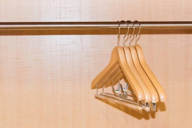 hanger-uniform