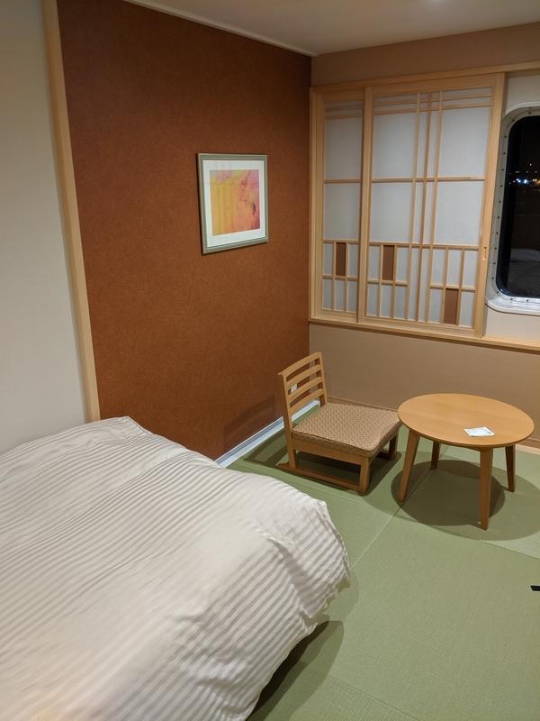 オレンジフェリー(大阪→別府)スイート(和洋室)