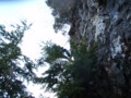 地形図にない大岩を懸垂下降で