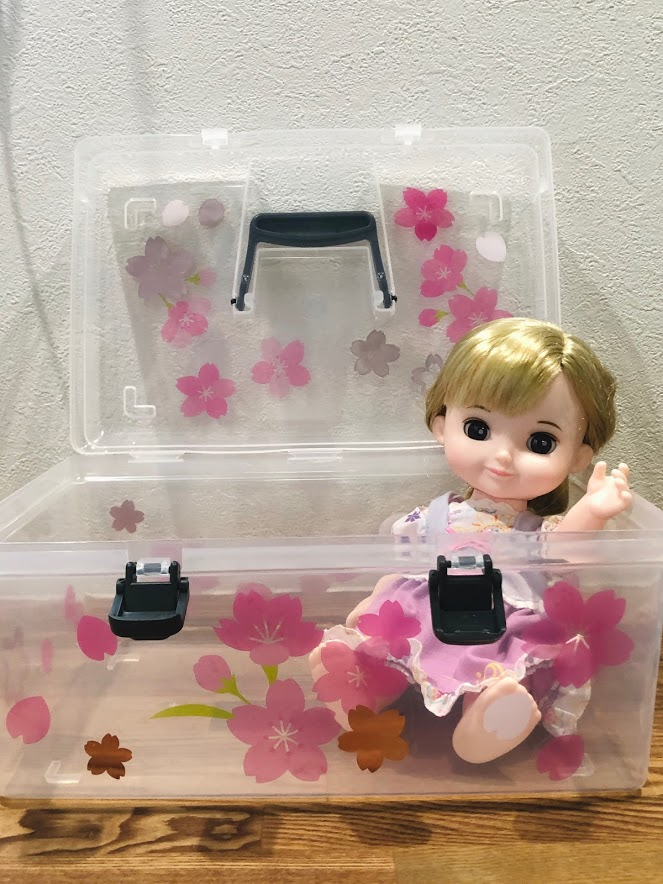 【ダイソー】シューズBOXをお人形収納。ステッカーで飾りつけ(ソランちゃん、コルネちゃん、メルちゃんなど)