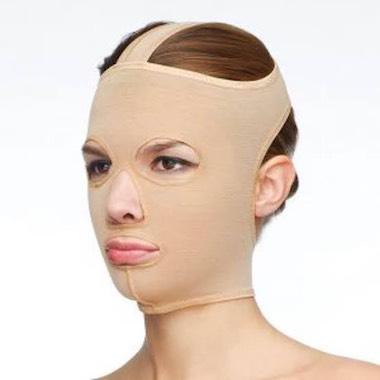 顔 圧迫 脂肪吸引