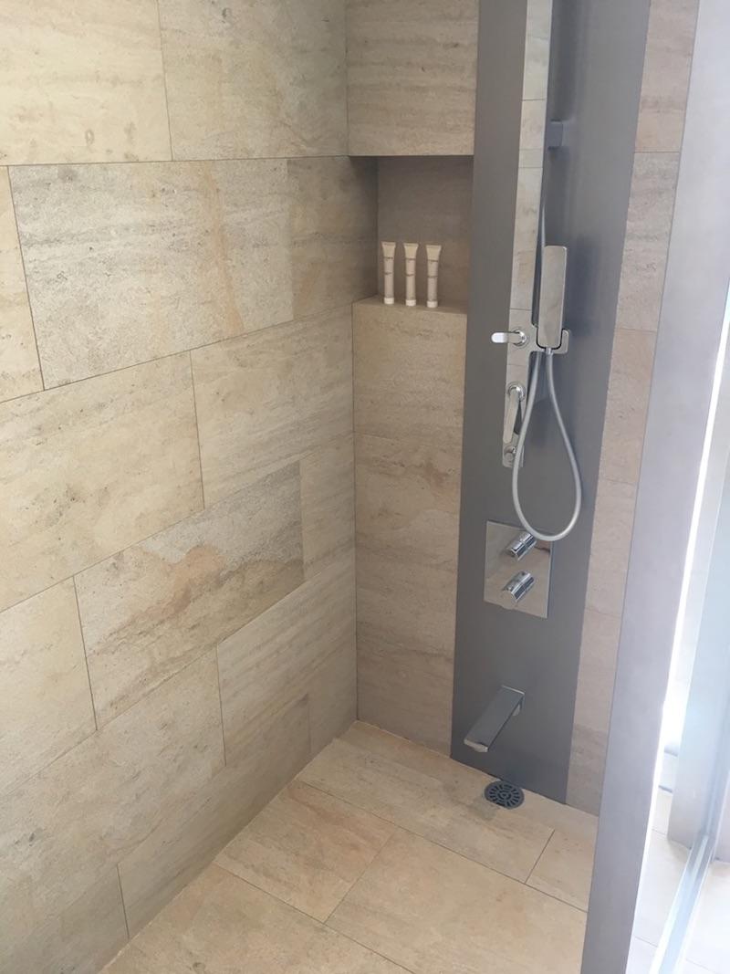 【宿泊記】 《ザ・ひらまつ ホテルズ&リゾーツ 賢島》 お部屋(別棟ツインルーム) シャワー
