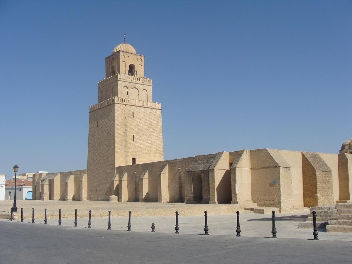 世界遺産検定1級 試験対策 チュニジア 聖都カイワラーン ケロアン 大モスク ミナレットと柱廊