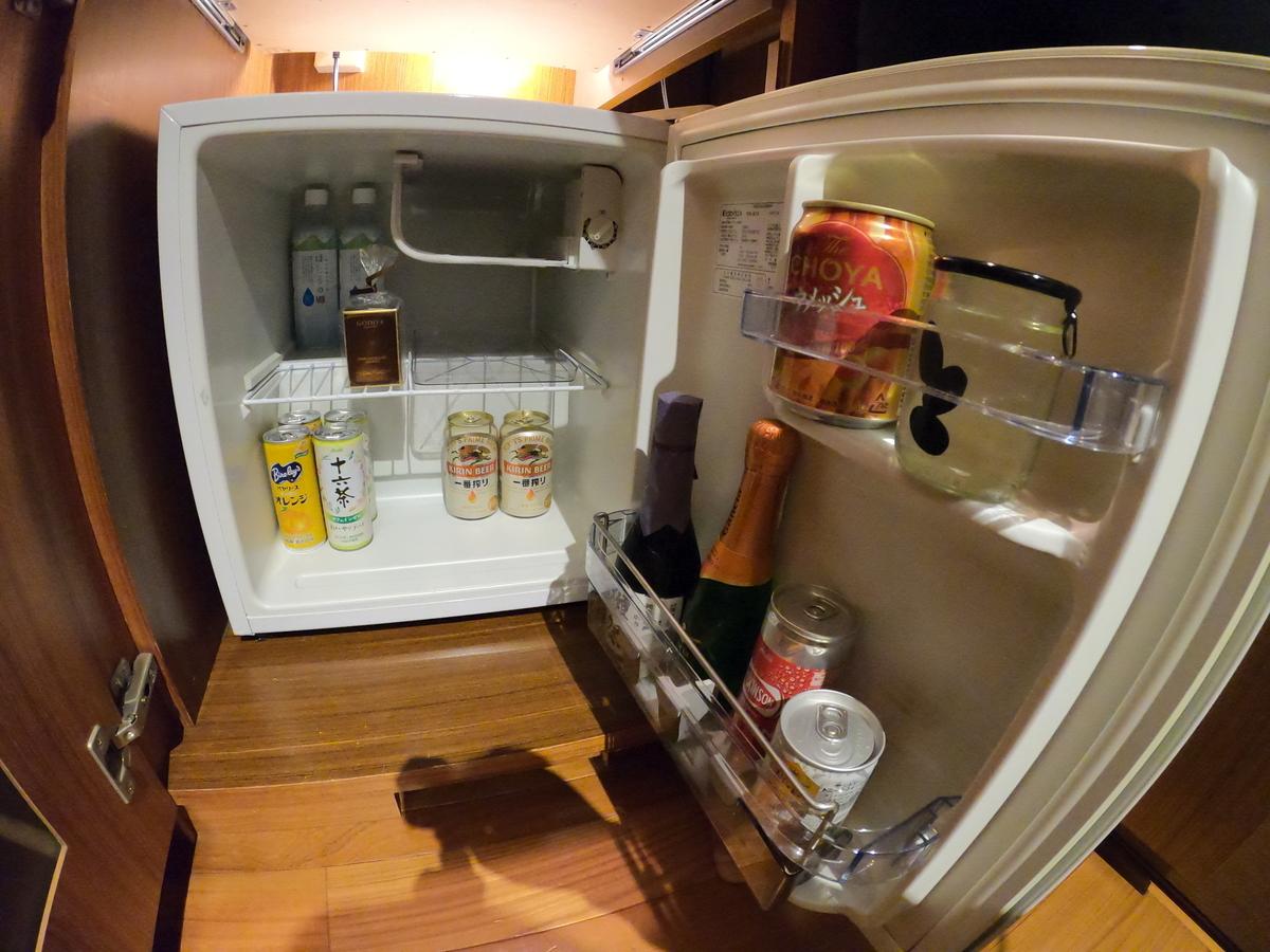 やまぐち 湯田温泉古稀庵 お部屋の冷蔵庫内のソフトドリンクは無料