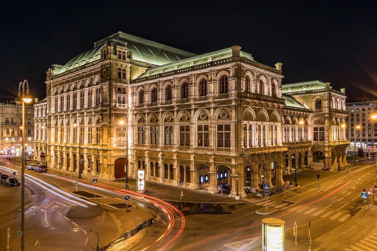 【世界遺産検定1級 試験対策】《オーストリア》: 7つの世界遺産の写真&ポイントまとめ ウィーンの歴史地区 国家歌劇場