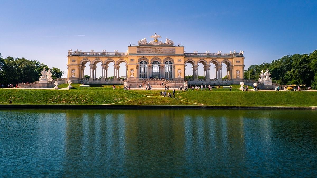 【世界遺産検定1級 試験対策】《オーストリア》: 7つの世界遺産の写真&ポイントまとめ シェーンブルン宮殿 グロリエッテ