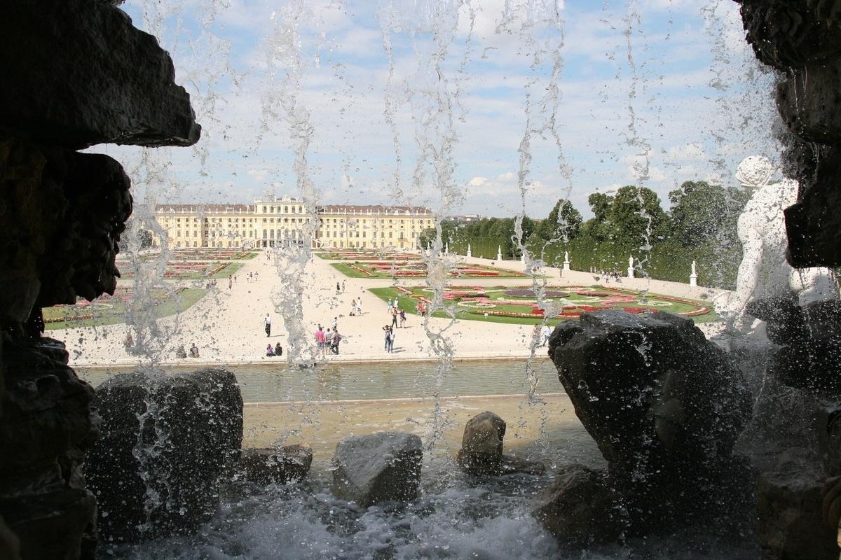 【世界遺産検定1級 試験対策】《オーストリア》: 7つの世界遺産の写真&ポイントまとめ シェーンブルン宮殿と庭園