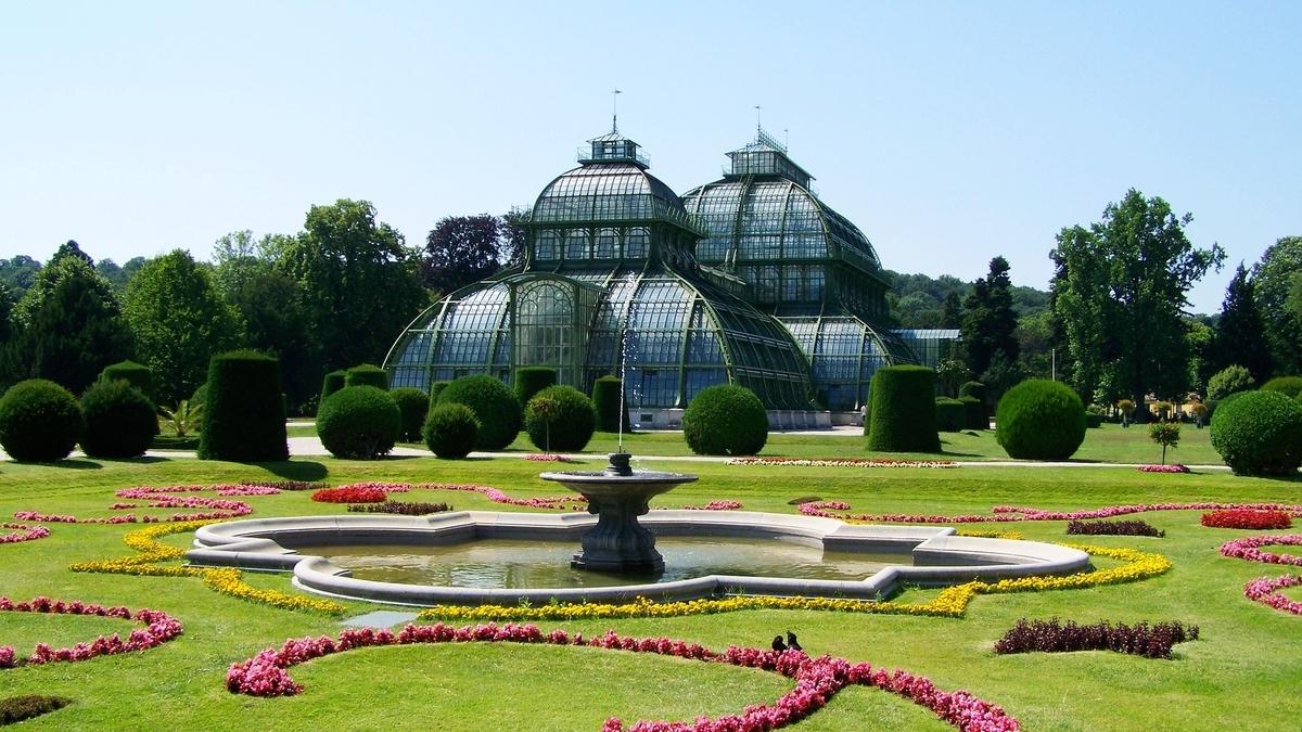【世界遺産検定1級 試験対策】《オーストリア》: 7つの世界遺産の写真&ポイントまとめ シェーンブルン宮殿 ガラス建築の植物園