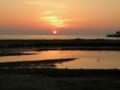 [夕日]島に沈む夕日