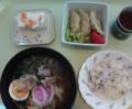 [食]昼食はラーメン、餃子