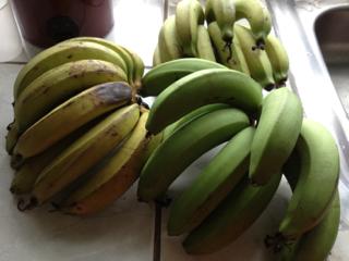 茹でる バナナ バナナを甘くする方法。お湯で温めると完熟の甘さに!