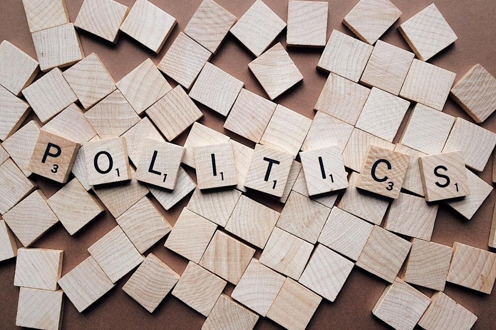 企業経営への影響:衆院選2017・各党のマニフェストを見てみる