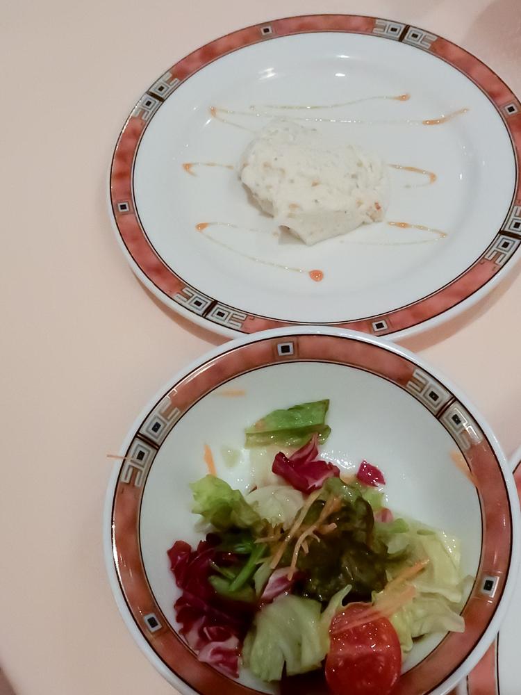 エリオ・ロカンダ・イタリアーナ デザートとサラダが一気に出てくる