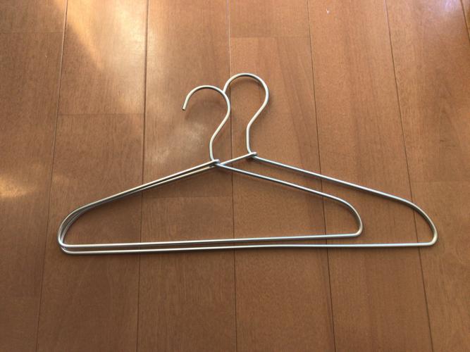 無印良品のアルミ洗濯用ハンガー 幅33cmと幅41cm