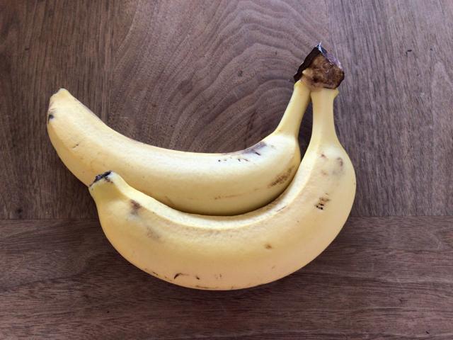 弁当にバナナ