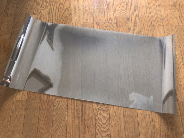 凹凸ガラスに貼れる遮熱フィルム