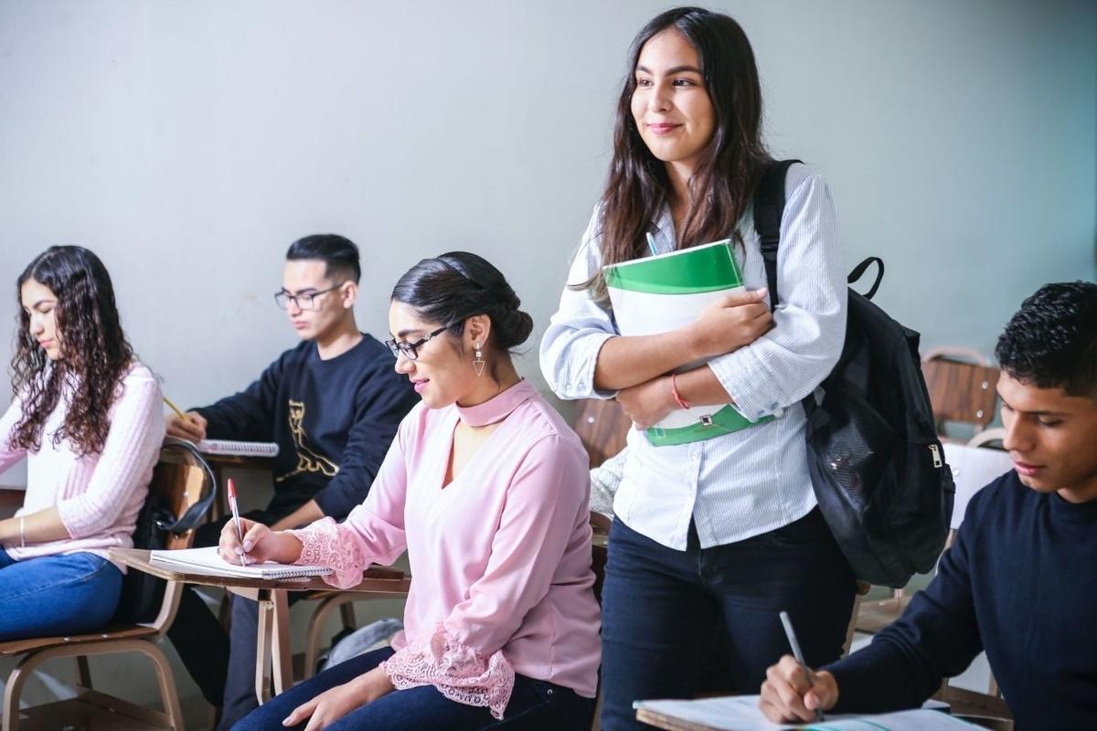 語学学校 中国人 出会い