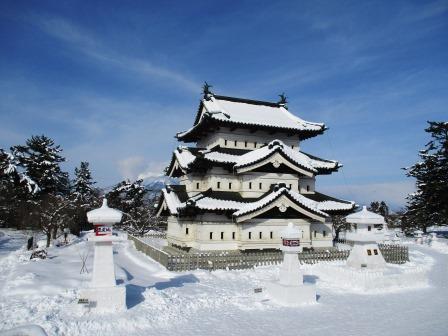 弘前城雪燈籠は雪国の祭典