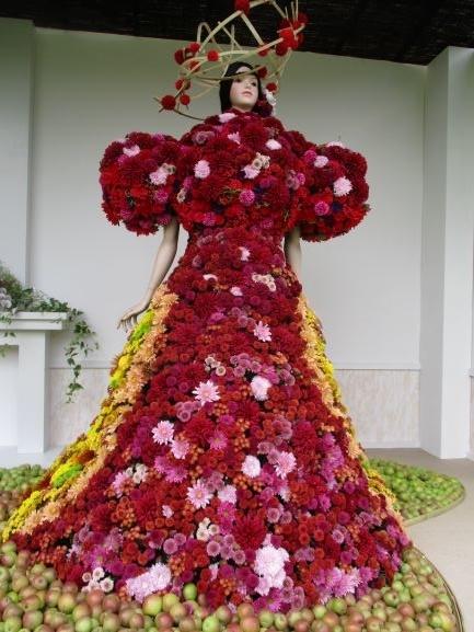 りんご姫・菊人形