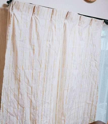 冬のカーテン