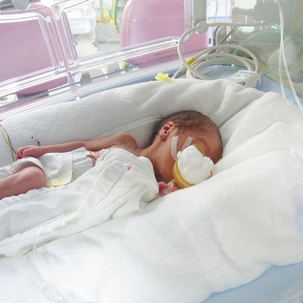未熟 まし 超 産み た 赤ちゃん 児