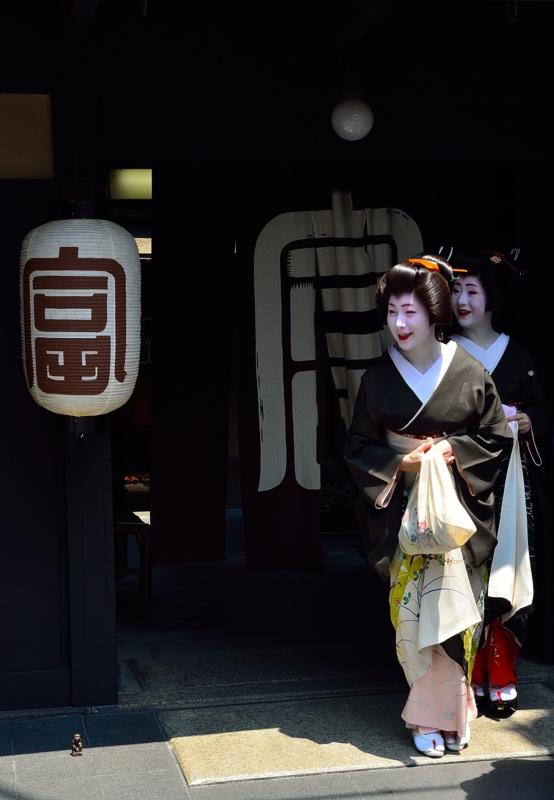 京都新聞写真コンテスト 京言葉が聞こえる