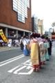 京都新聞写真コンテスト 舞妓もお手伝い