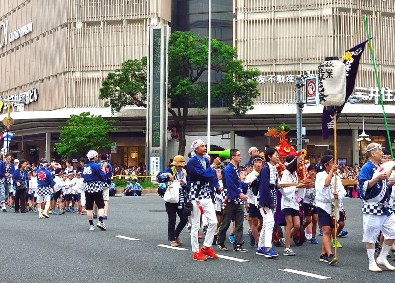 京都新聞写真コンテスト 子供御輿