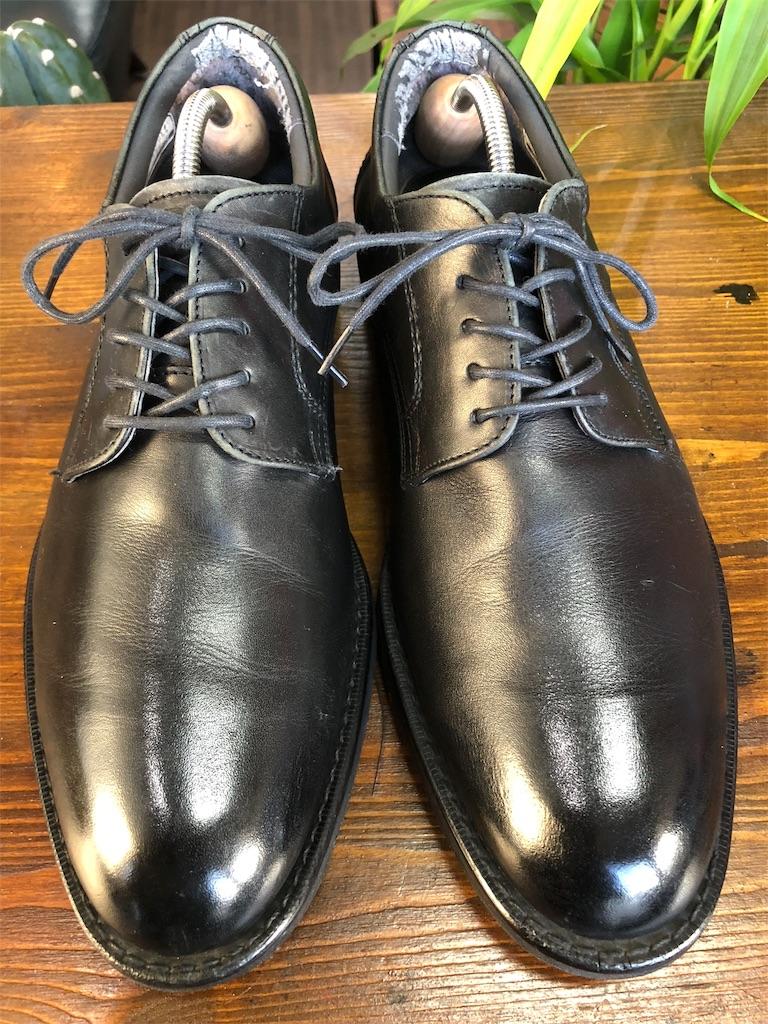 靴 磨き の 少年 靴磨きの方法や革靴の磨き方やお手入れ。おすすめ靴磨きセットも紹介