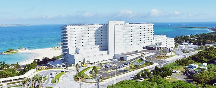 ホテルオリオンモトブリゾート&スパ外観