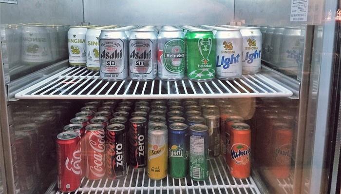 ビールとソフトドリンク