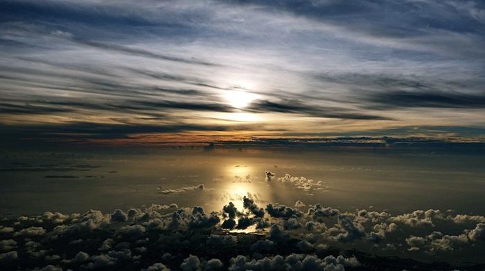 OKA-HNDで見た夕陽