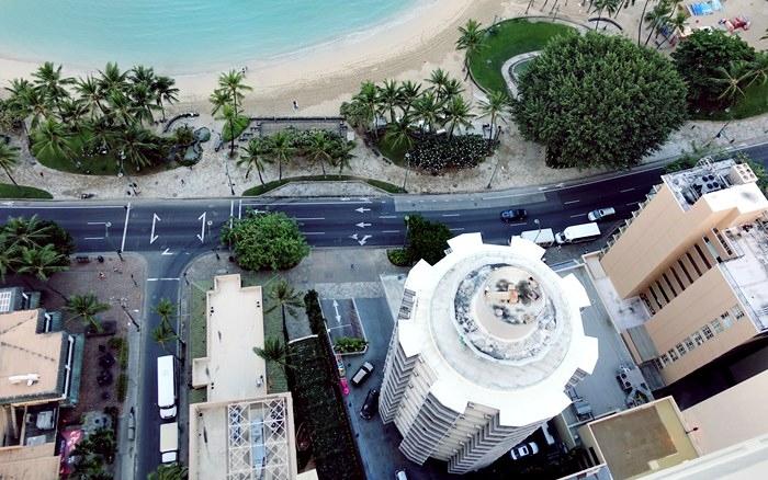 アストン・ワイキキ・ビーチタワーから見下ろすアストン・ワイキキ・サークル
