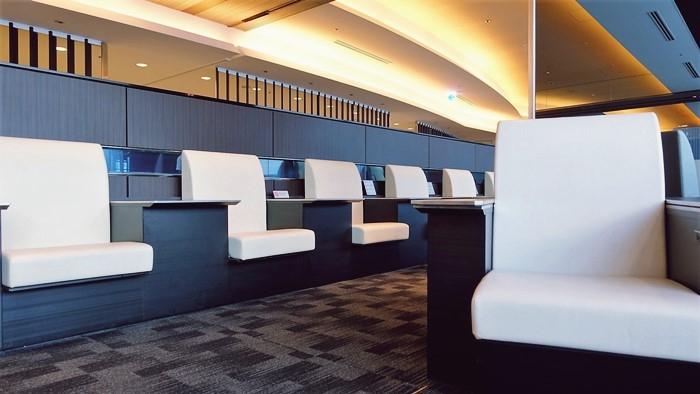 ANAスイートラウンジの椅子2